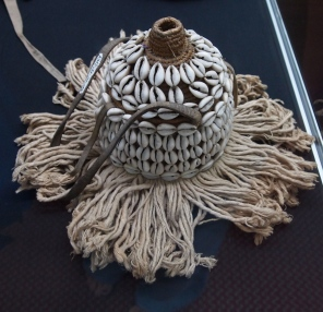 I love the cowrie shell decorations
